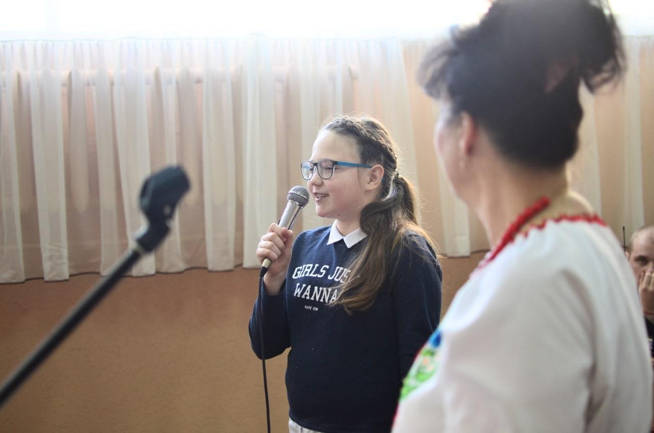 Фото 17 Людмила Коваль презентувала книгу «Кольорові вірші»