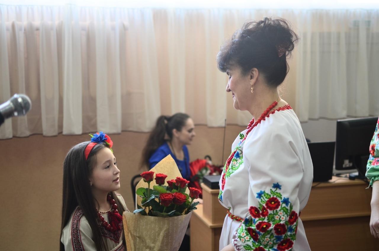 Фото 20 Людмила Коваль презентувала книгу «Кольорові вірші»
