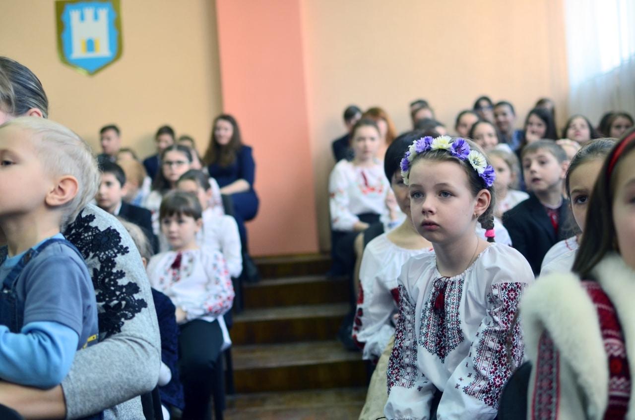 Фото 25 Людмила Коваль презентувала книгу «Кольорові вірші»